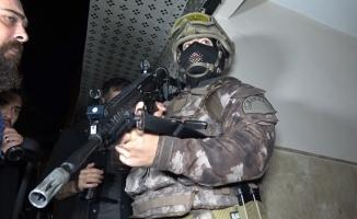 Bursa'da hava destekli bin polisle ''Narko-Terör'' operasyonu: 25 gözaltı