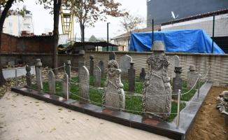 İnegöl Belediyesi'nin Kurucu Başkanına Anıt Mezar Yapıldı