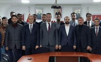 22 Ülkü Ocağı'nın yöneticilerinden MHP Bursa Teşkilatı'na ziyaret