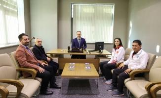 Başkan Aktaş olimpiyat yolcusu Hatice Kübra'yı kutladı