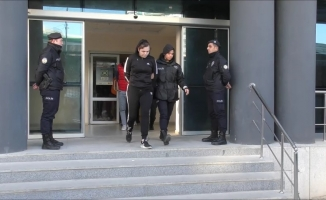 Bin polisle yapılan şafak operasyonunda yakalanan 32 şüpheli adliyede