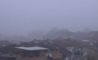 İnegöl'ü sis kapladı