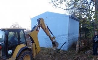 Kaçak ev satışını belediye ekipleri önledi