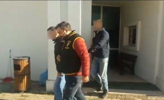 Sahte polisler çocukları gasp etti