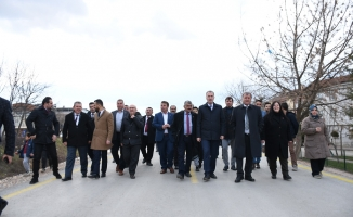 Bursa'nın İlk Beton Yolu Törenle Açıldı
