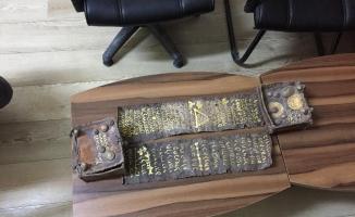 Tarihi eser tevratı polise satarken suçüstü yakalandı