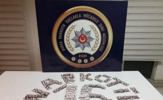 Ampulün içerisinde uyuşturucu satan 3 kişi tutuklandı
