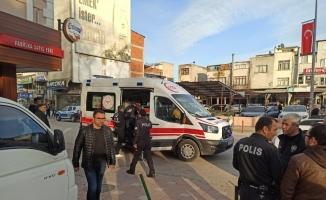 Bursa'da kuyumcuyu darp ederek kaçtılar