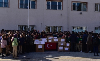 Mustafakemalpaşalı öğrenciler Elazığ'daki kardeşlerini unutmadı