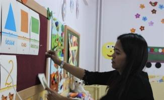 (Özel) Filipinler'den gelin geldi, dağ ilçesinde gönüllü İngilizce öğretiyor