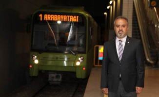 Bursa'da toplu taşıma yüzde 50 azaldı, ancak seferler aynen sürüyor