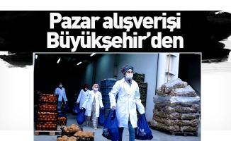Bursa Büyükşehir Belediyesi sokağa çıkma kısıtlaması olan yaşlıların tüm ihtiyaçlarını evlerine götürüyor