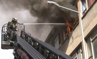 Bursa'da iş hanında korkutan yangın