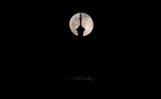 Bursa'da 'Süper Ay' kartpostallık görüntüler oluşturdu