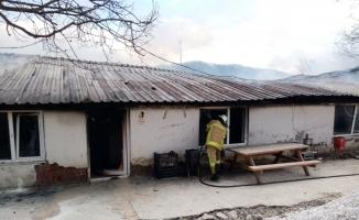 Bursa'da yemekhanede çıkan yangın korkuttu