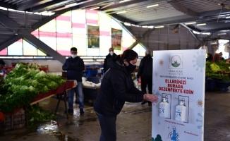 Osmangazi Belediyesi'nden pazar yerlerine el dezenfektanı
