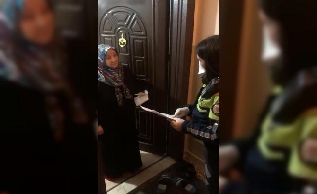 Yaşlı kadın eve gelen bayan polise böyle dua etti