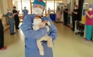 Bursa'da korona virüsü tedavisi gören 45 günlük bebek taburcu oldu