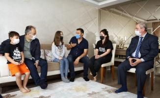 Bursa'da seyyar satıcıların darp ettiği zabıtaya ziyaret