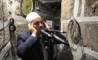 Bursa'daki boş camilerde tekbir sesleri yükseldi