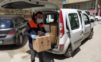 Gemlik Belediyesi'nden binlerce erzak paketi desteği