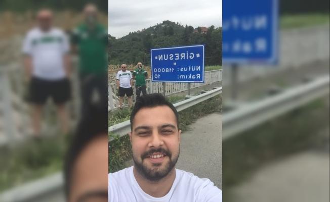 Giremeyecekleri maç için 940 kilometre yol gittiler