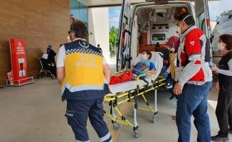 İnegöl'de otomobilin çarptığı çocuk yaralandı