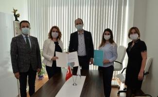 Türkiye Sağlık Vakfı, online güzellik eğitimlerini Bursa'dan başlatacak