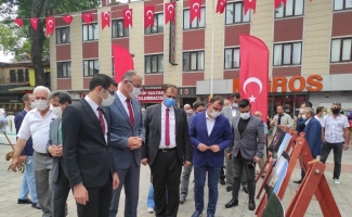 15 Temmuz'un çarpıcı fotoğrafları İznik'te izlenime açıldı