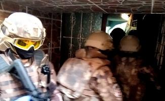 Bursa'da FETÖ'nün 'Gaybubet Evleri'ne operasyon: Eski Daire Başkanı ve 14 kişi gözaltına alındı