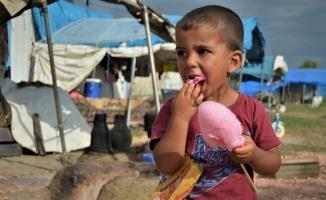 Genç Kızılay Bursa mutluluğu çadır kentin çocukları ile paylaştı