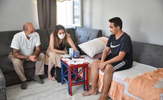 Bursa'da ameliyatlı gence evinde rehberlik desteği