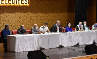 Gemlik Belediyesi'nden âfet mağduru üreticiye destek