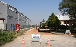 İnegöl'de beton yol uygulaması sürüyor