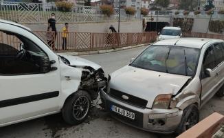 Kaza yapan alkollü sürücü polise zor anlar yaşattı