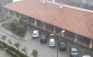 Marmara'da sağanak yağış etkili oldu