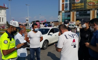 Yayaya yol vermediği için ceza kesilen eski milletvekili polislerle tartıştı