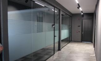 Yeni trend ofislerin tercihi cam bölme