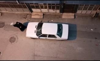 Aldatıldı, mahalleyi ayağa kaldırdı...