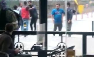 Bursa'da çıkan kavgada ortalık savaş alanına döndü