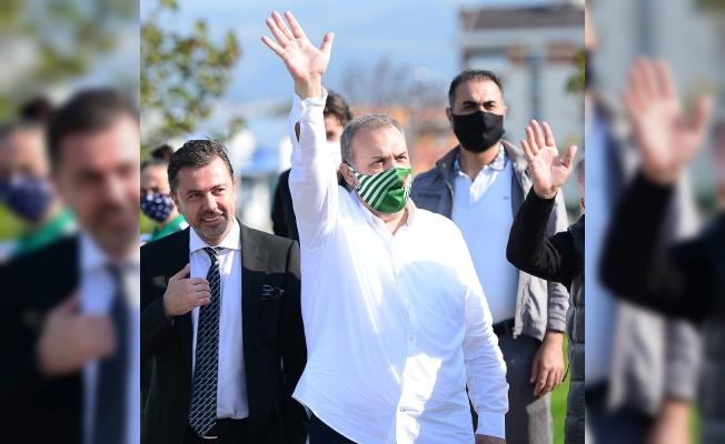 Bursaspor Başkanı Erkan Kamat'tan önemli açıklamalar