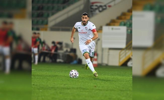 """Bursasporlu futbolcu Özer Hurmacı: """"Vazgeçmek yok"""""""