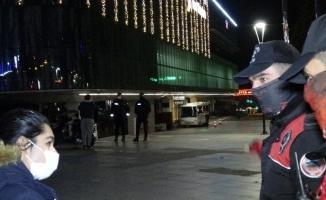 Bursa'da 5 bin polisle yapılan kısıtlama uygulamasında 2 milyon 633 bin lira ceza kesildi