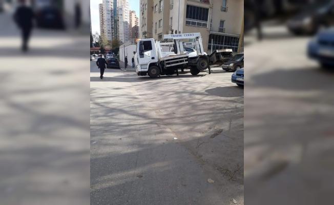 Bursa'da çekicinin iş kazası
