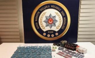 Bursa'da yapılan uyuşturucu operasyonunda 2 bin 589 adet hap ele geçirildi
