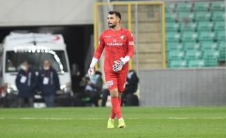 Bursaspor'un genç kalecisi Canberk Yurdakul, galibiyeti yorumladı