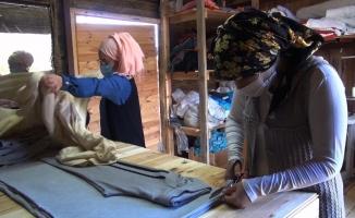 İnsanlık Köyü'ne kadın eli değdi
