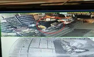 Market ve manava giren hırsız kameraya takıldı
