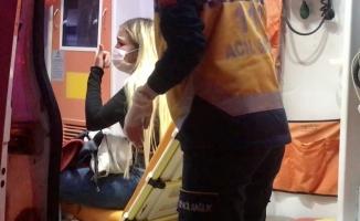 Sinir krizi geçiren genç kız, polisi alarma geçirdi