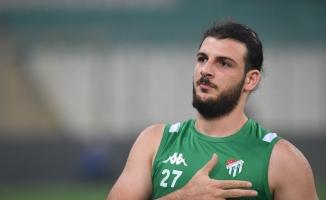 Sedat Dursun, Bursaspor'la olan sözleşmesini feshetti